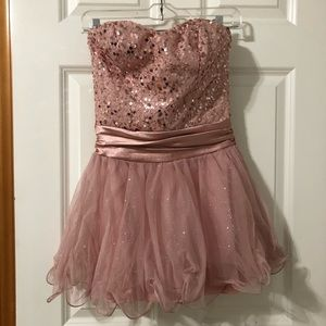 Dresses - Sparkly pink dress